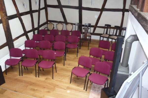 Konzertbestuhlung in Christels Scheune Hanau Persönlichkeitstraining, Konzerte, Seminare