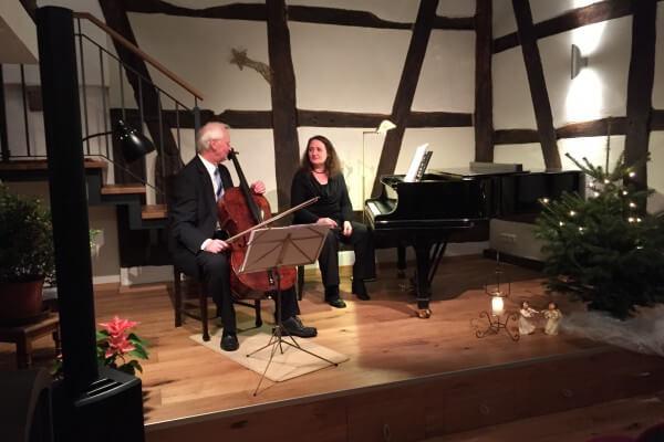 Heinz Wunsch Cello Christel Veciana Klavier in Christels Scheune Hanau Kammermusik
