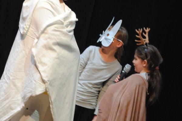 Kinder beim Musiktheater in Christels Scheune Hanau
