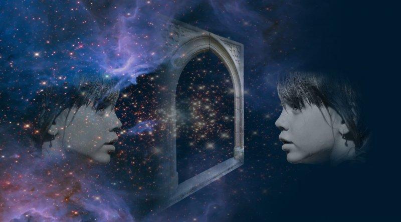 Mystisches Spiegelbild zum Christels Scheune Blog