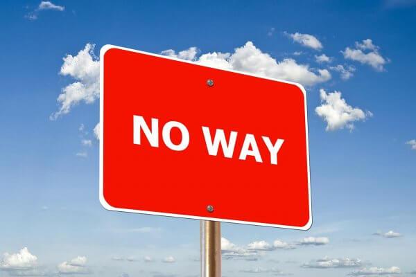 no way auf einem Schild vor Himmel als Aufforderung zur Abgrenzung Coaching Hanau Christels Scheune